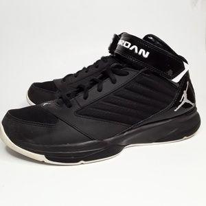 Nike Jordan BCT Mid 3 Size:9